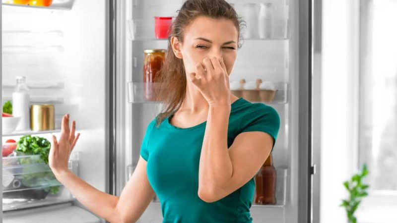 Comment désodoriser un frigo ?